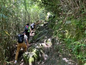宝満山登山開始